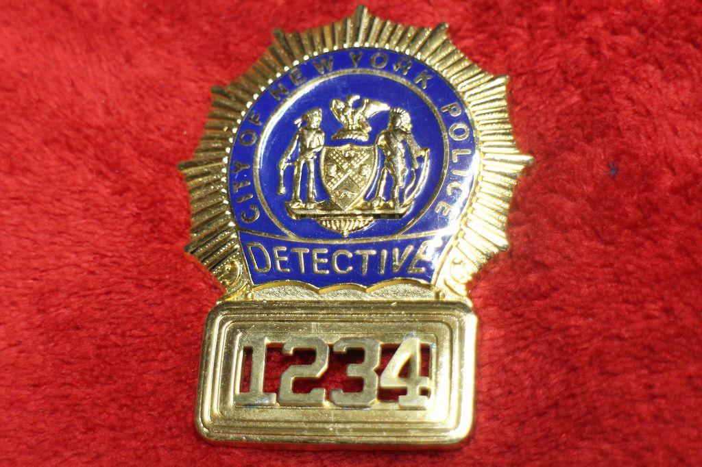 detective new york police badge mit nummer. Black Bedroom Furniture Sets. Home Design Ideas